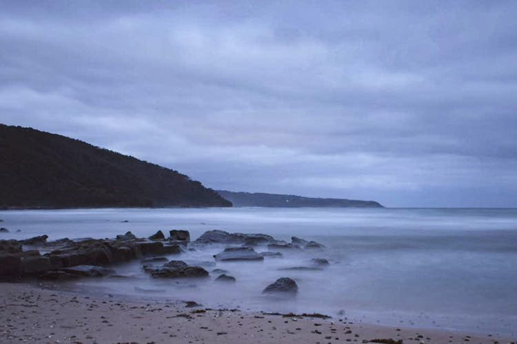 Hiking at blanket bay along the Great Ocean Walk