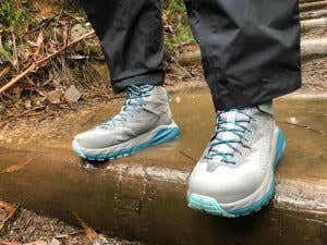 Hoka One One Sky Kaha's being worn on a rainy day through the Blue Mountains