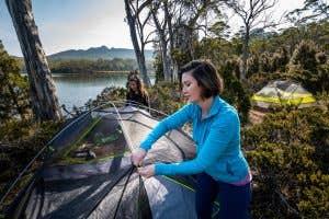 Setting up a nemo dagger tent in Tasmania